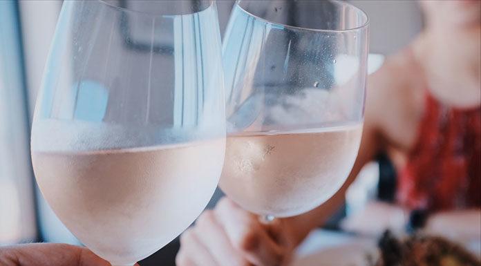 Do jakich potraw pasują białe, francuskie wina?