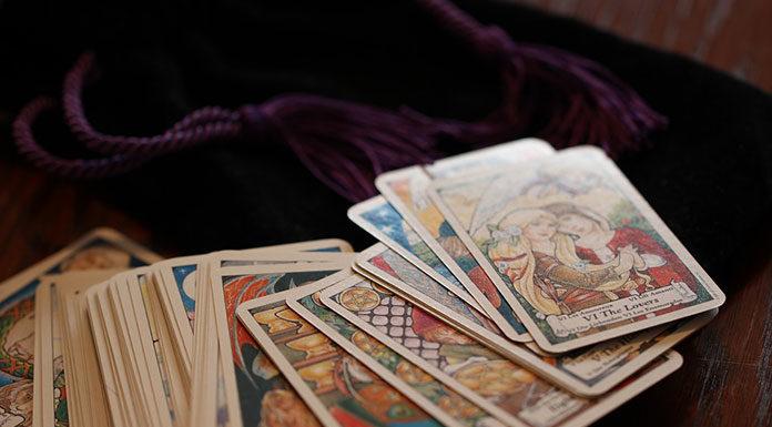 Karty tarota - między sztuką a przepowiadaniem przyszłości