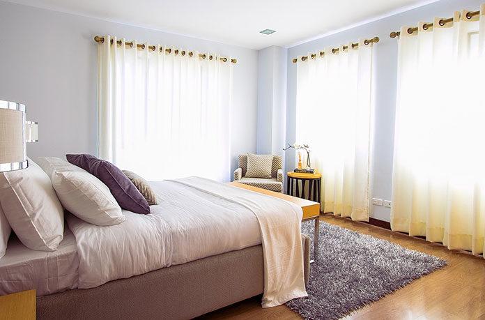 Wygodne, stylowe i tanie - jak znaleźć łóżko idealne?