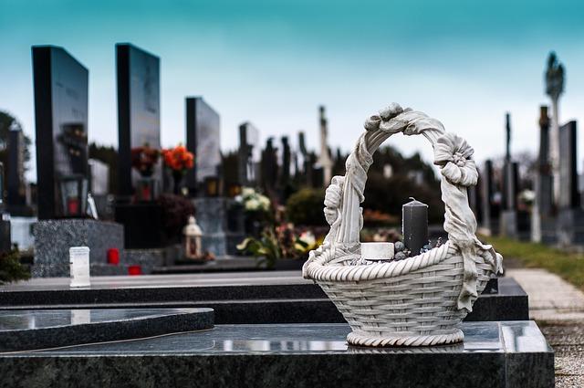 Sprzątanie nagrobków Gdańsk